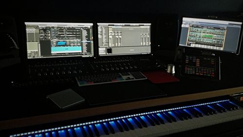 Composing room, creant per TVE.