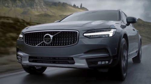 Estudi 2: Marco Zanni para Volvo.